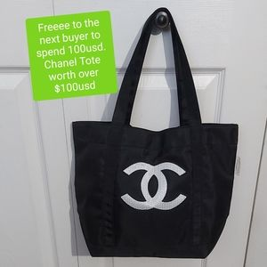 FREEEE CHANEL TOTE WORTH OVER 100usd